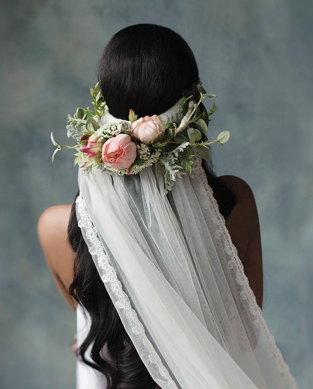 Hochzeit - The Roszina 3 Piece Veil & Garter