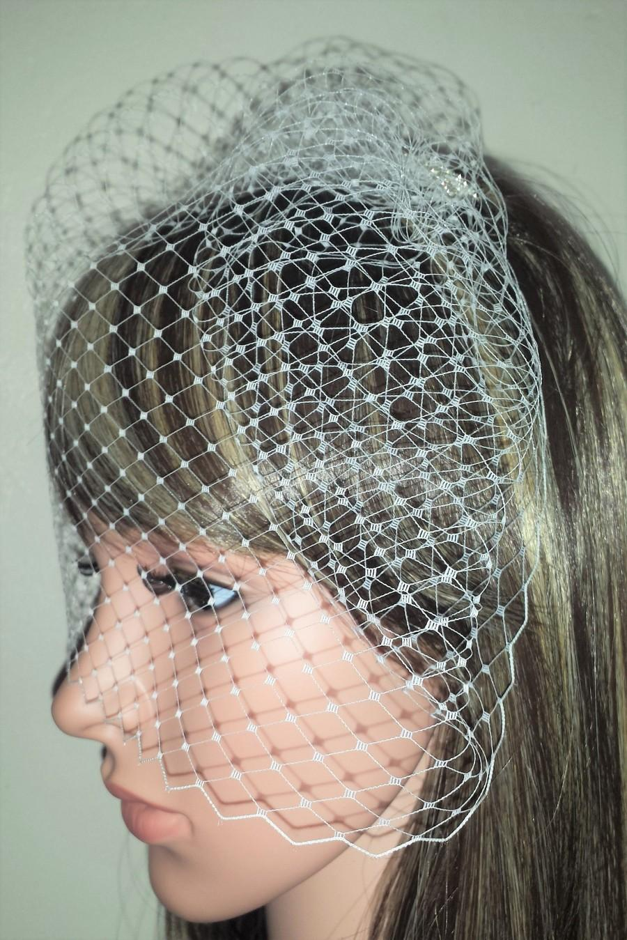 "Hochzeit - White birdcage wedding veil 9"" Veil is attached to metal comb. Fascinator Face veil . FREE UK POSTAGE"