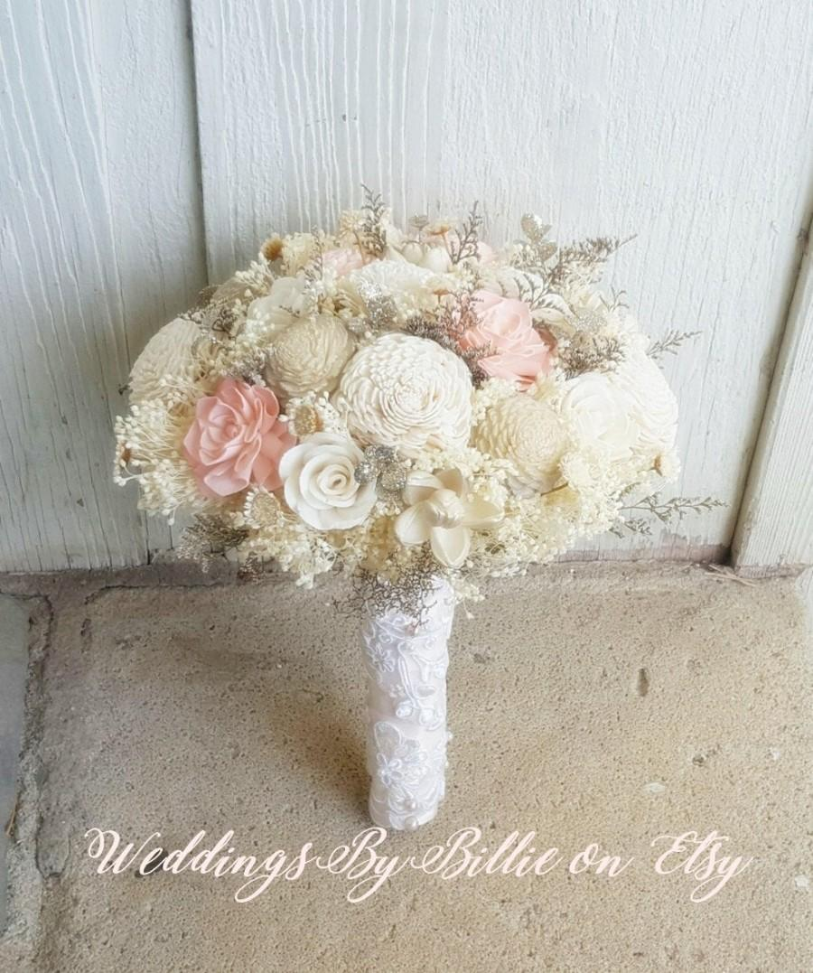Mariage - Blush Champagne Ivory Sola Bouquet, Blush Wedding, Champagne Wedding, Alternative Bouquet, Rustic Shabby Chic, Bridal Accessories, Sola
