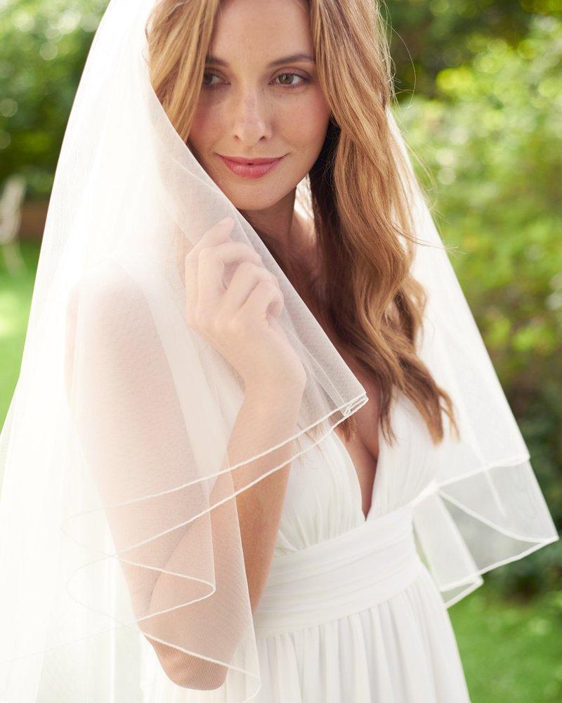 Hochzeit - Pencil Edge Bridal Veil, 2 Layer Wedding Veil, Tulle Veil, Ivory Veil, White Veil, Fingertip Length Veil, Elbow Length Veil, Veils ~VB-402