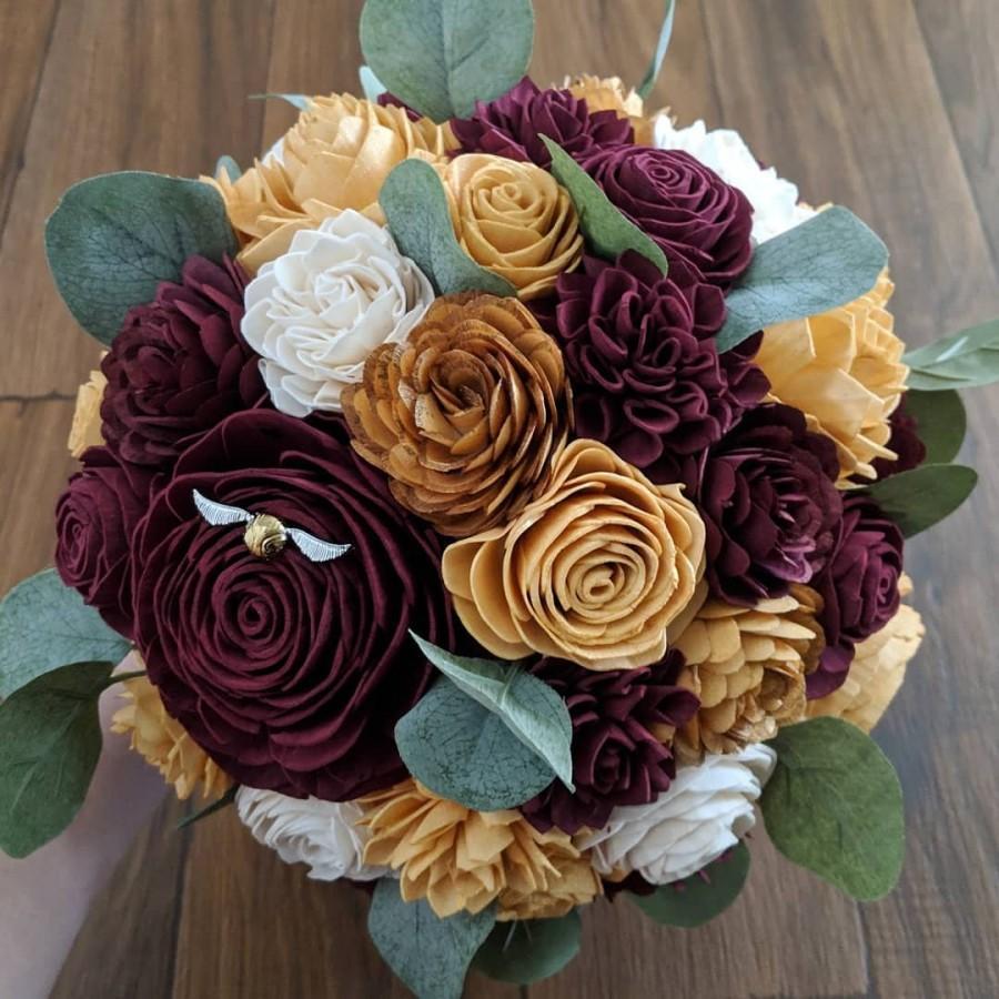 Свадьба - Harry Potter Gryffindor Sola Wood Flower Bouquet with Golden Snitch & Silver Dollar Eucalyptus