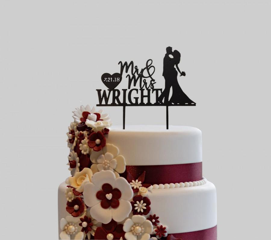 Mariage - Custom Wedding Cake Topper, Custom Calligraphy Personalized Cake Topper for Wedding, Custom Wedding Cake Topper Mr & Mrs Wright couple