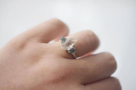 زفاف - MADE TO ORDER Raw Sapphire and Diamond Engagement Ring Raw Diamond Ring Engagement Ring, Diamond Wedding Band Rough Diamond Ring Avello