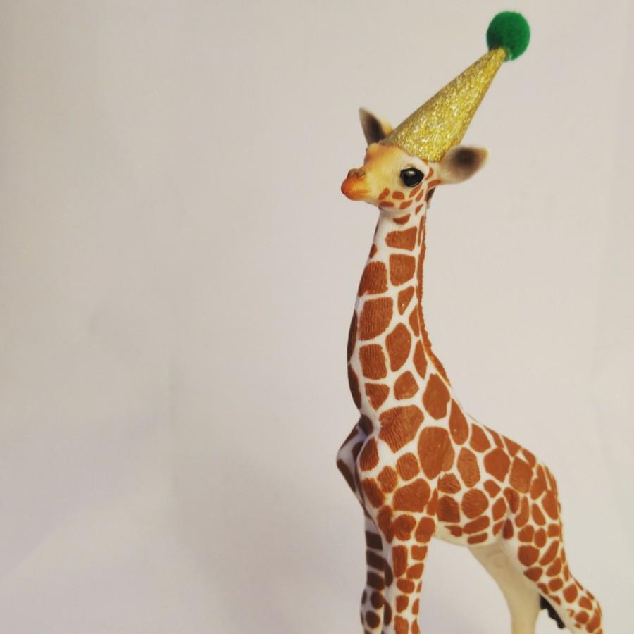 زفاف - Animal cake topper, Schleich baby giraffe, cake topper, cake decoration.