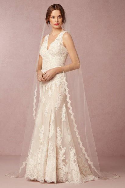 Wedding - Corded Lace Wedding WHITNEY Veil , Lace Bridal Veil, Off White, Ivory Wedding Veil, Bridal Veil.