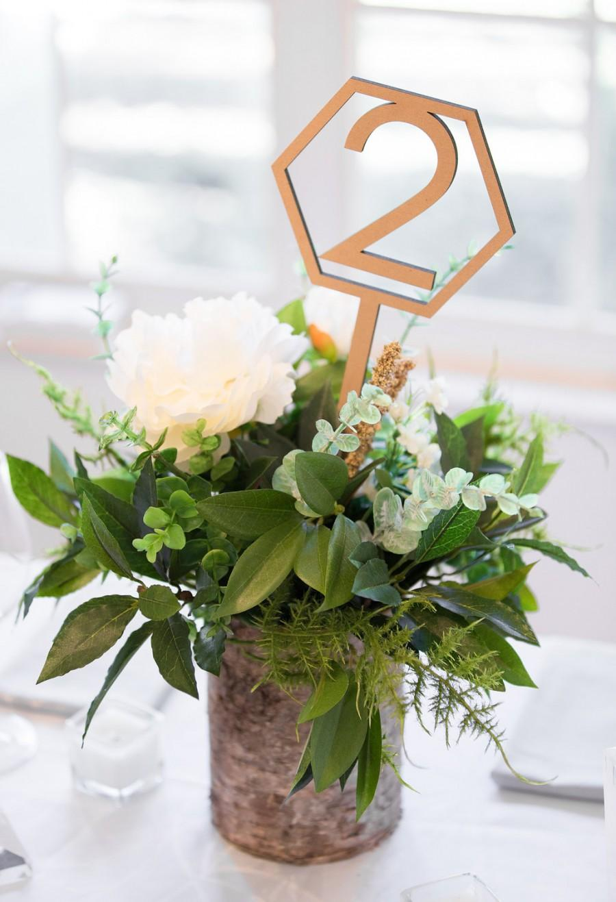 Hochzeit - Hexagon Table Number Signs Wedding Centerpiece Wood Laser Cutout Geometric Wedding Table Numbers Decor Standing Numbers (Item - GST200)