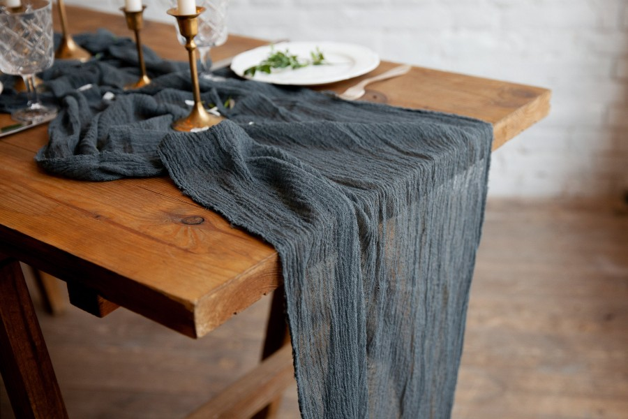 Mariage - Dark  Grey Centerpieces Runner, Gauze Runner for Weddings and Special Events, Table Hand Dyed cheesecloth runner, Cotton Scrim, Cheesecloth