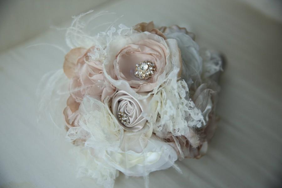 Свадьба - Shabby Chic Bridal Bouquet, Great Gatsby Wedding Bouquet, Feather Bouquet, Shabby Chic Fabric Bouquet, Fabric Flower Bouquet, Wedding Flower