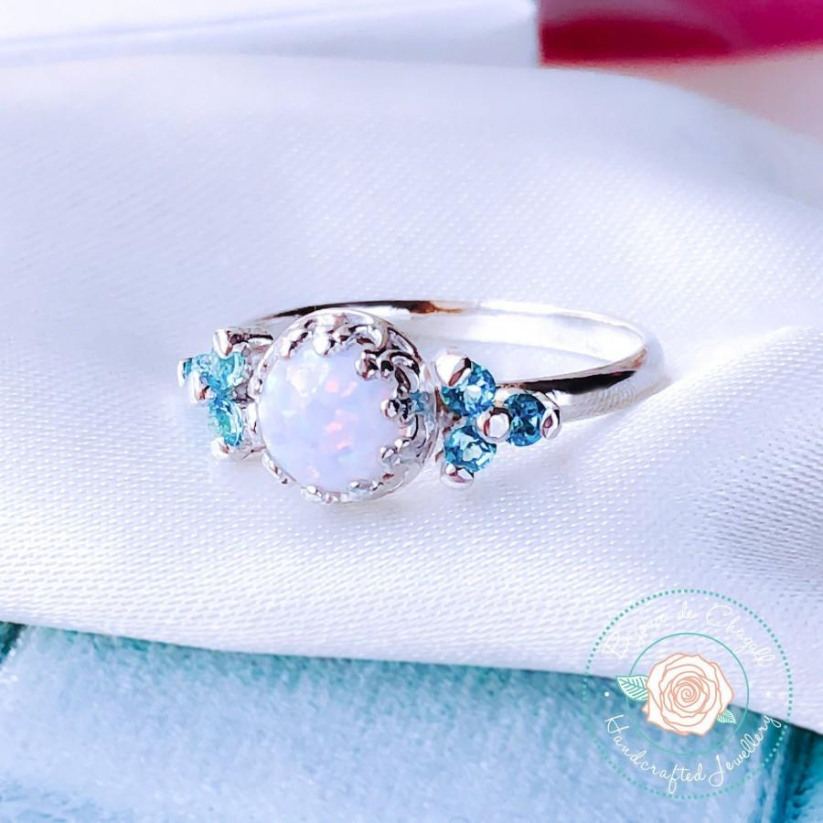Mariage - ICE White Opal Crown Engagement ring with Paraiba Topaz cluster in Sterling Silver.