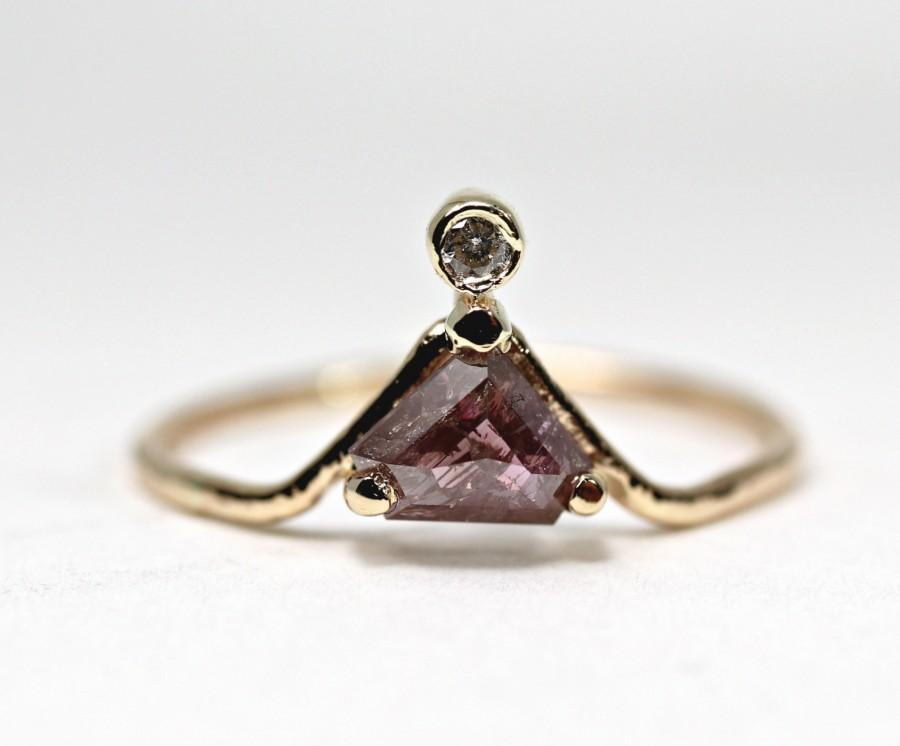 Mariage - Triangle Pink Diamond Ring, One Of a Kind Engagement, 14k Yellow Gold Handmade Wedding Ring, Conflict Free