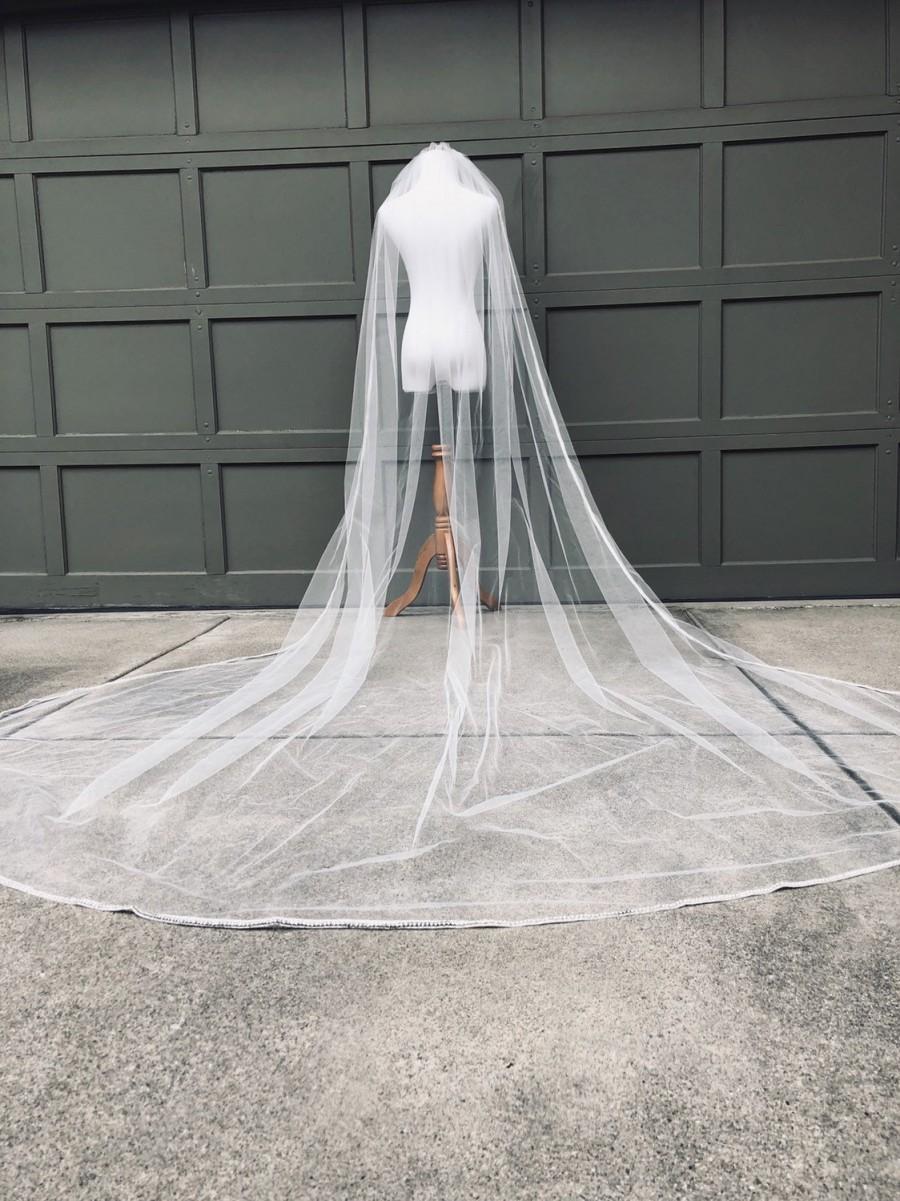 Wedding - Crystal Cathedral Beaded Wedding Veil with Rhinestones Crystal Trimmed Veil Bridal Veil 1 Layer Long Veil with Sparkle Edge Light Ivory Veil