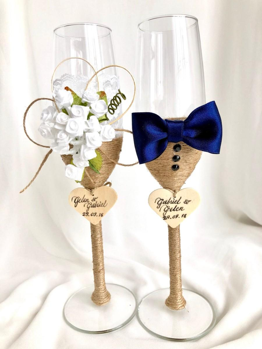 Свадьба - Wedding Toasting Glass. Wedding Cup. Bride and Groom Wine Glass.