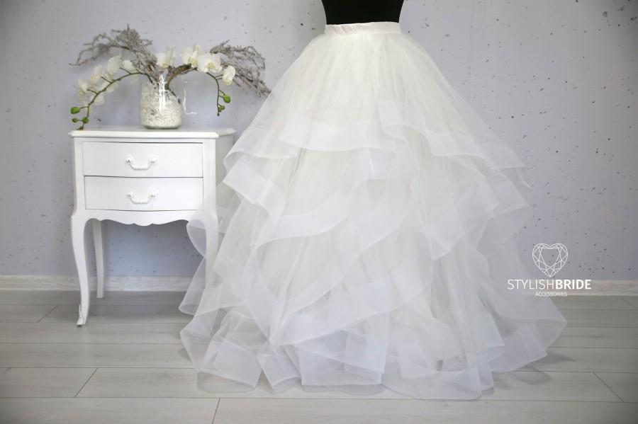 Свадьба - Ivory Swan Wave Wedding Tulle Skirt , Bridal Ivory Prom Tulle Skirt Party, Engagement Ivory Tulle Skirt Floor length
