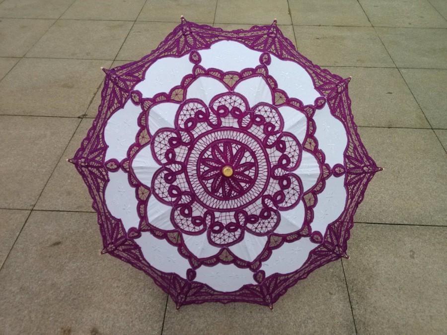Свадьба - Purple and White New Vintage Lace Umbrella Handmade Cotton Embroidery Battenburg  Lace  Umbrella Wedding Decoration