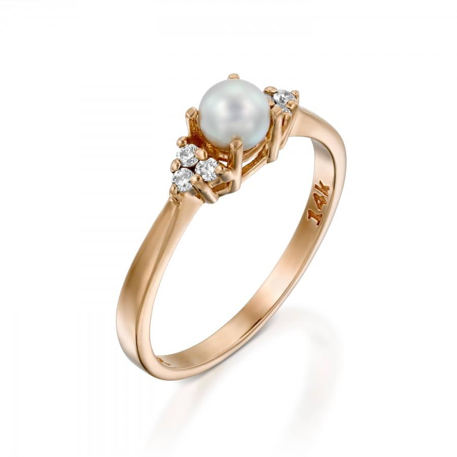 Mariage - pearl and diamond ring Pearl Engagement Ring 14k Rose Gold  3 stone diamond side Dainty Pearl Ring 4mm white pearl