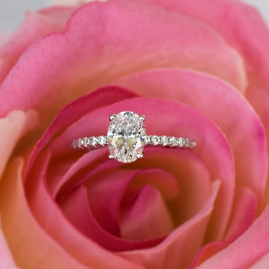 Свадьба - 1.25 ctw Oval Accented Solitaire Wedding Ring, Half Eternity Bridal Ring, Man Made Diamond Simulants, Engagement Ring, Sterling Silver