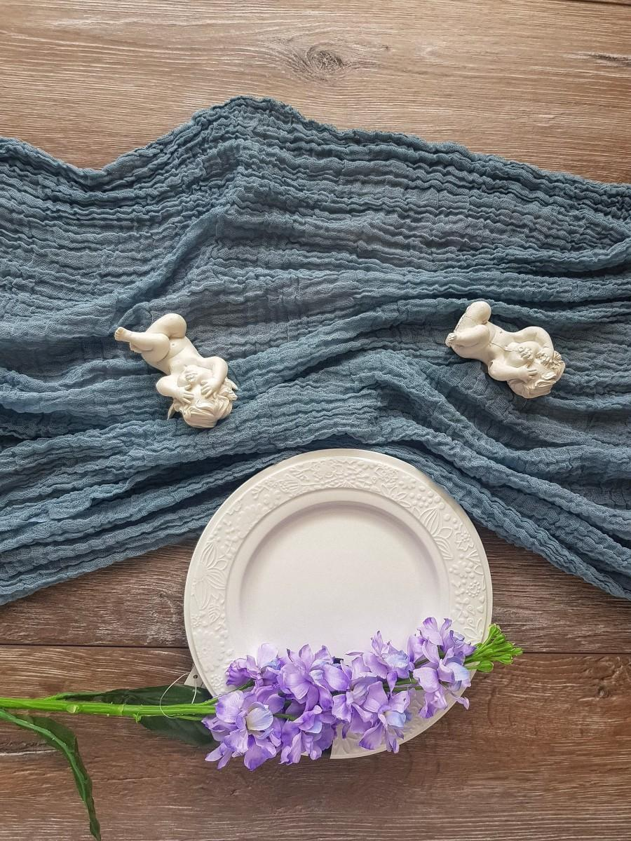 Mariage - Dusty blue wedding gauze runner, bridal shower runner, table centerpiece, cheesecloth runner, rustic table, wedding decorations