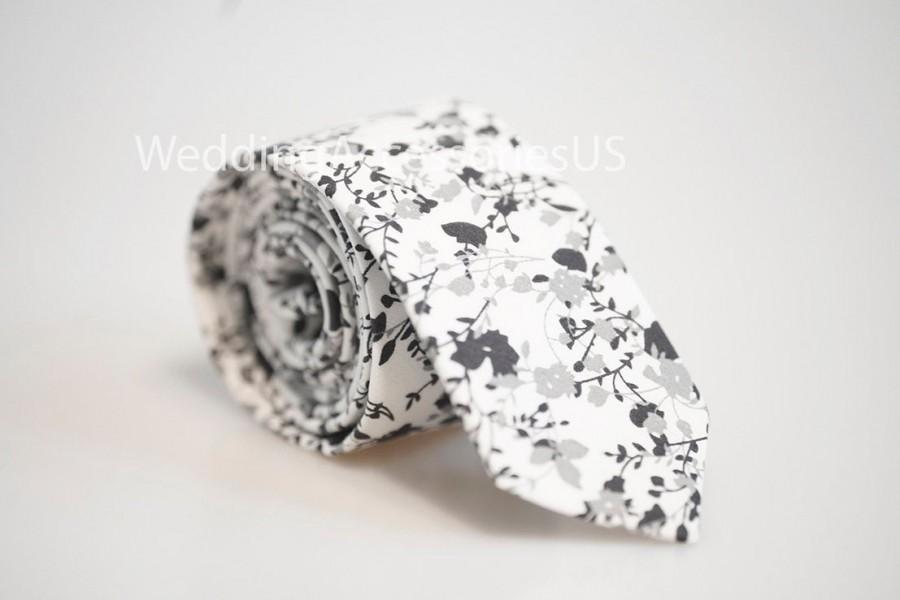 """Mariage - White With Grey/Black Floral Pattern Cotton Necktie Wedding Groomsmen Necktie White Grey/Black Tie 2.36"""" Floral tie Wedding"""