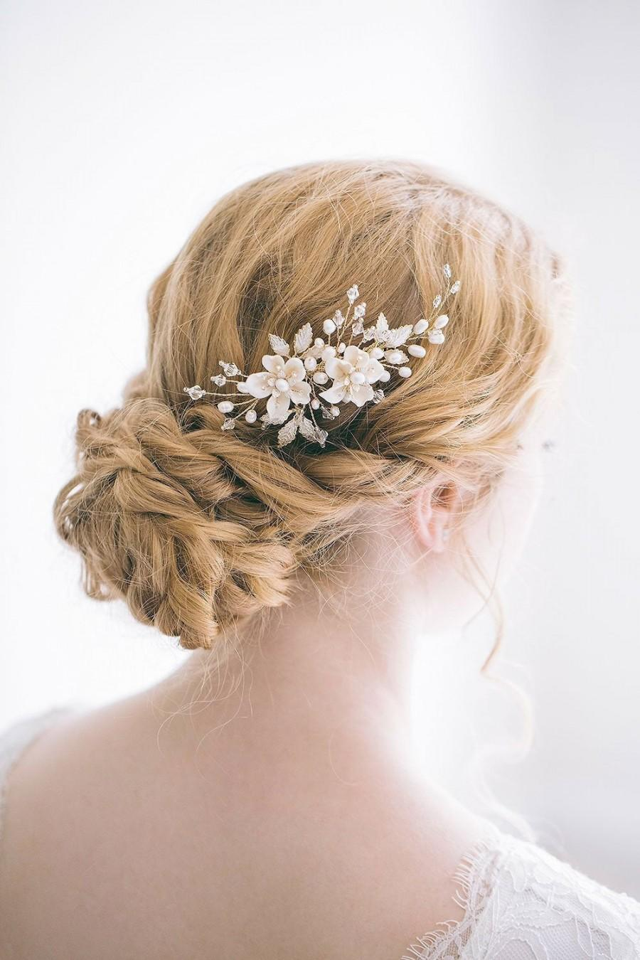 Mariage - Bridal Flower Gold Hair Comb, Bridal Hair Comb, Floral Hair Comb, Gold Hair Comb, Flower Hair Comb, Bridal Side Comb, RosyRoseStudio