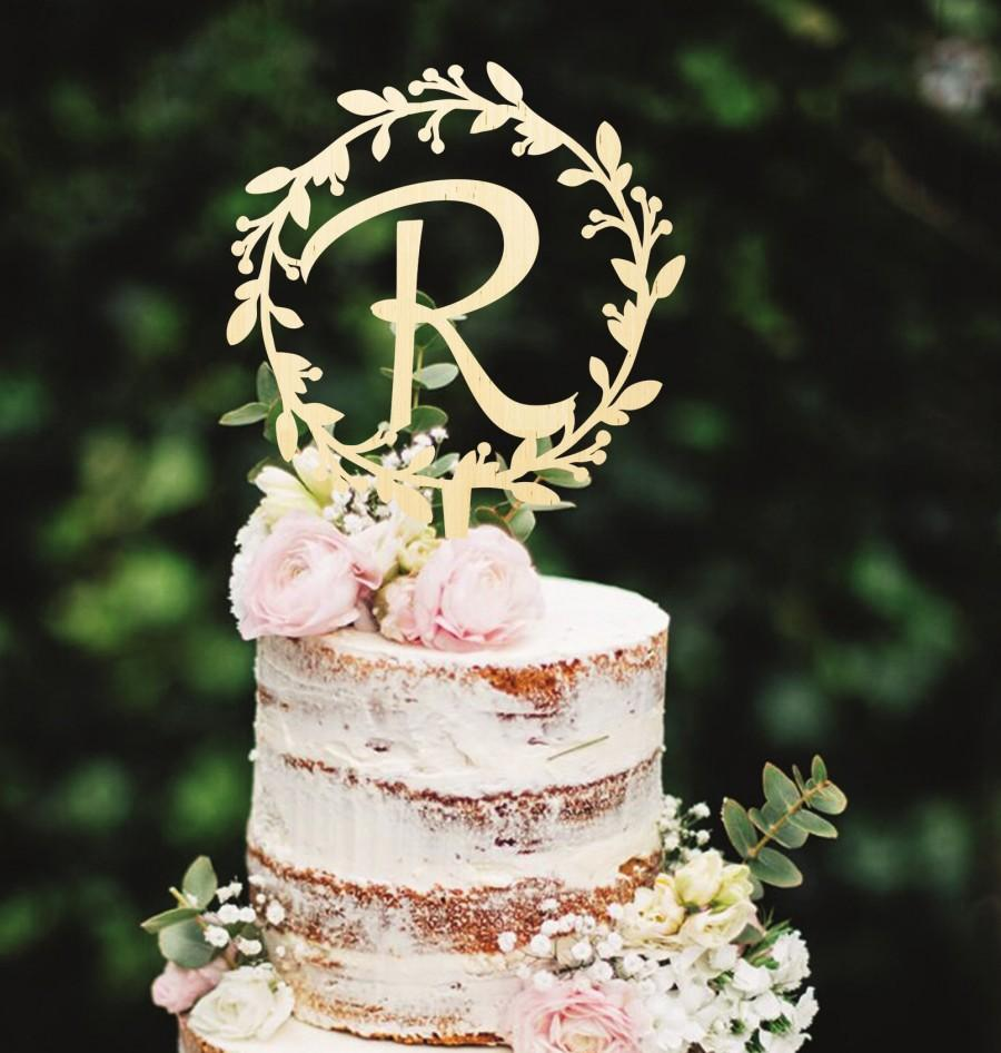 Mariage - Wooden Cake Topper Initials Cake Topper Monogram Cake Topper Wreath Cake Topper Wedding Cake Topper Names Cake Topper Custom Cake Topper