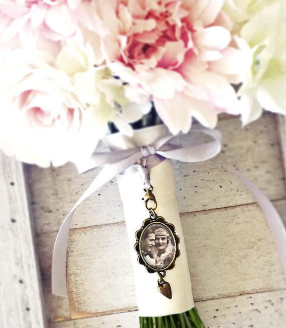 زفاف - Custom Wedding Charm, Bouquet Photo Pendant, Bridal Photo Charm, Bouquet Memorial Charm, Bouquet Photo Charm, Heirloom Charm, Gift for Bride
