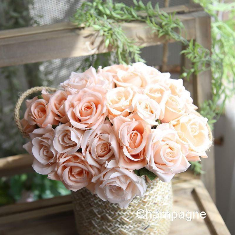 Mariage - Silk Flower Bouquet, Bridesmaids Bouquet, Champagne, Blue, Ivory Fake Wedding Flower 9 Heads Artificial Rose Bouquet Home Decoration F-12504