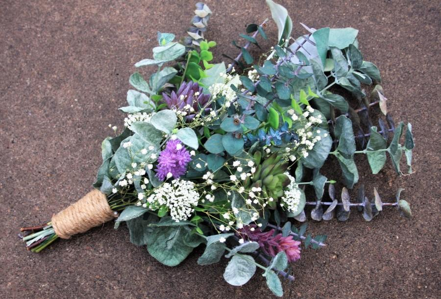 Mariage - Purple Succulent Flowers, Purple Succulent Bouquet, Eucalyptus Bouquet, Green Bouquet, Rustic Boho Wedding Flowers, Babys Breath Bouquet