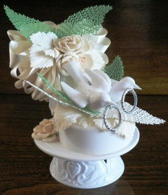 Свадьба - vintage wedding  ... DOVES WEDDING Cake Topper in original box ... vintage wedding