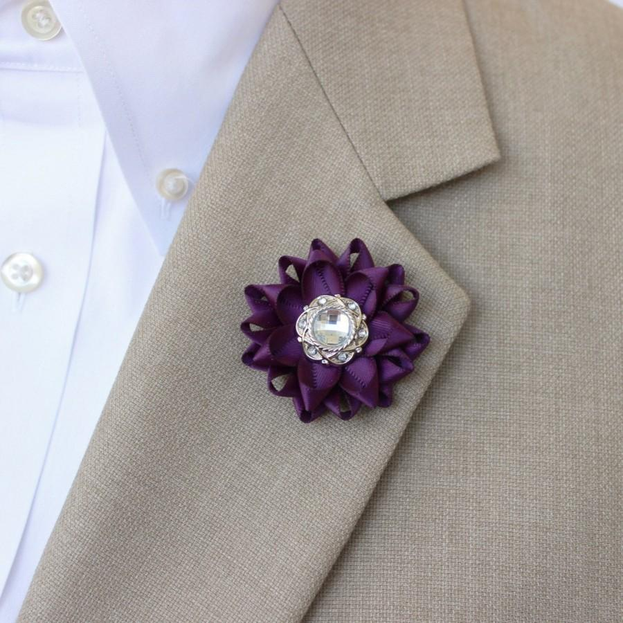 Свадьба - Mens Lapel Flower Pin, Custom Lapel Pin, Purple Boutonniere, Purple Lapel Flower for Men, Mens Lapel Pin, Mens Fashion Accessories, Custom
