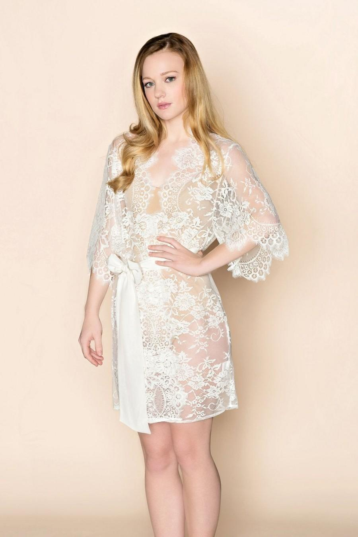 Свадьба - French Lace Floral Bridal Getting Ready Boudoir Kimono Robe Ivory XS