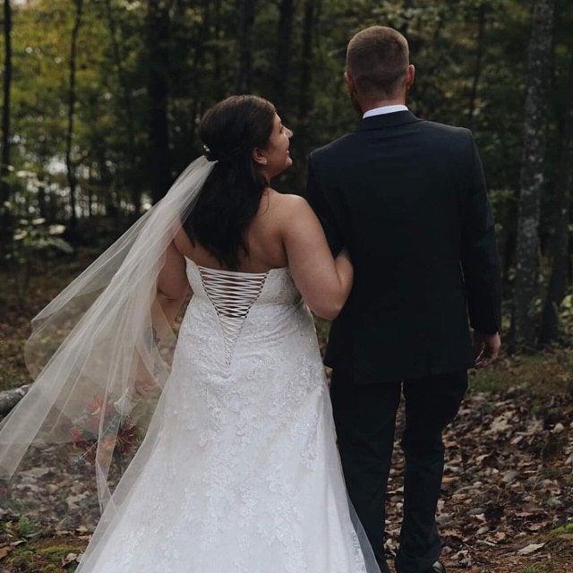 Hochzeit - Cascade Cut Edge Veil, Bridal veil, Wedding Veil, Bridal Illusion Tulle GCASCCE