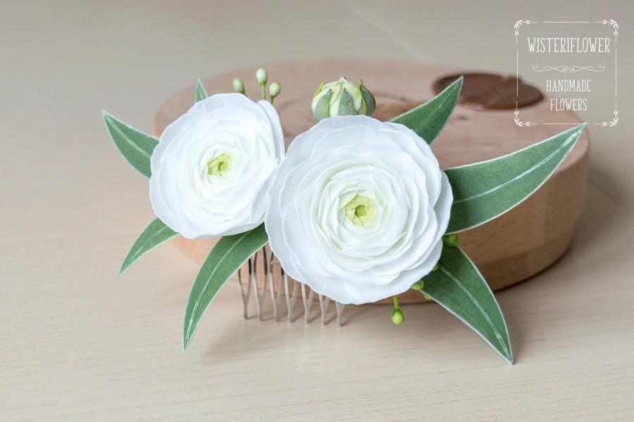 Свадьба - White green wedding Eucalyptus wedding hair comb Ranunculus Greenery wedding White flower for hair Green Wedding hair piece Tropical wedding
