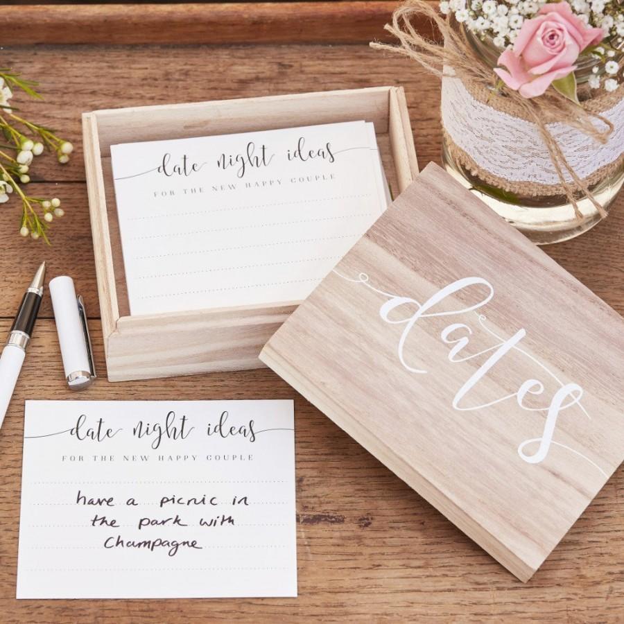 Свадьба - Wooden 'Date Night Ideas' Suggestion Box - Wedding Guest Book Alternative - Advice Cards for Bride & Groom - Wedding Gift Keepsake Box