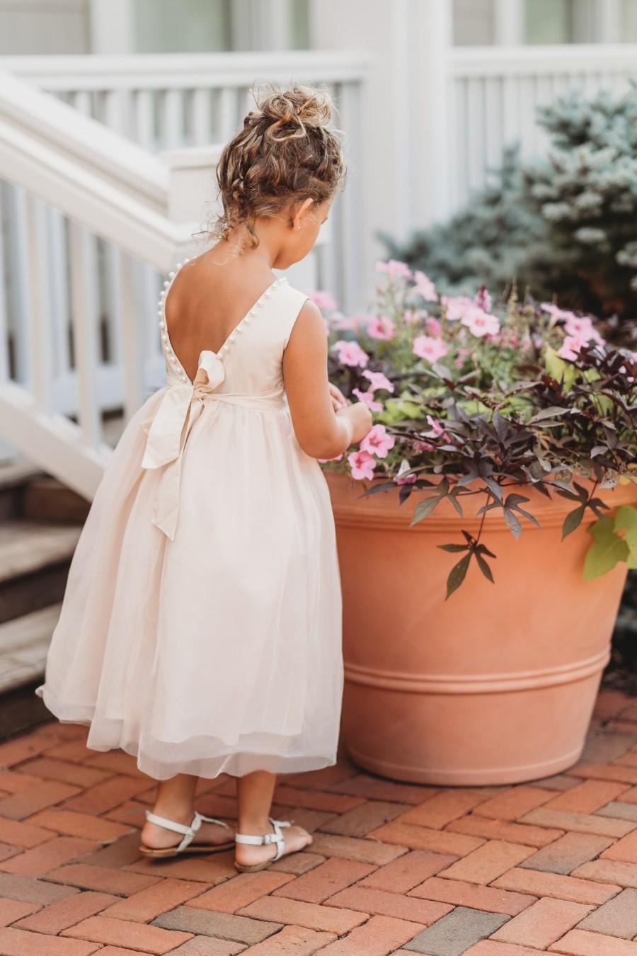 Свадьба - Elegant flower girl dress,ivory flower girl dress,ivory tulle dress,girls dress,first communion dress,baptism dress,blessing dress,vintage