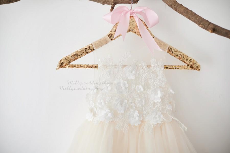 Свадьба - 3D Flower Lace V Back Wedding Flower Girl Dress M0078