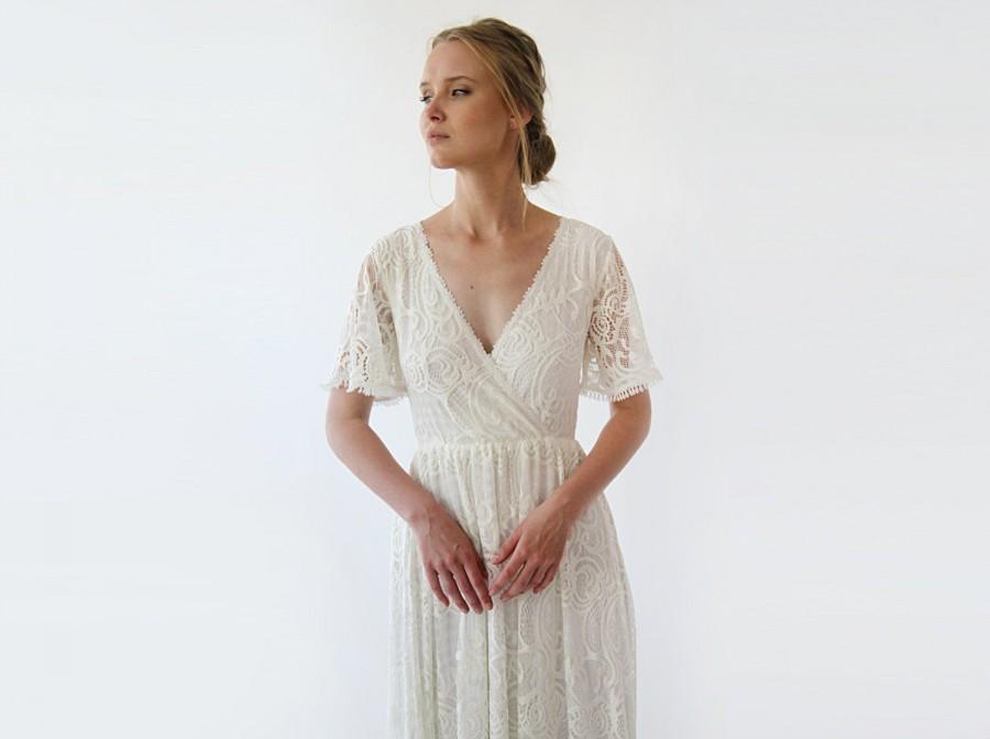 Свадьба - Wrap lace bohemian wedding dress, Ivory butterfly sleeves 1247