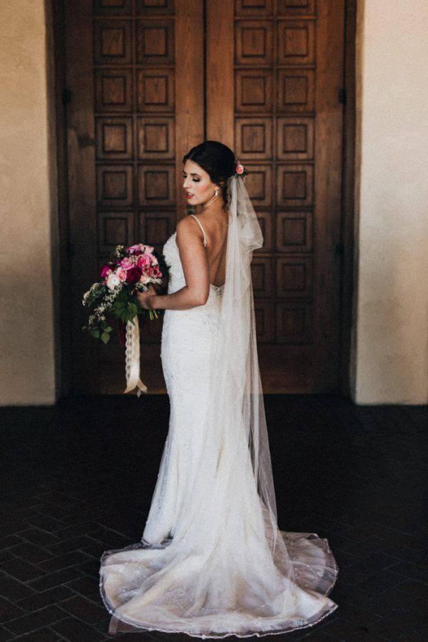 Свадьба - Draped Boho Bridal Veil, Boho Veil, Boho Wedding Veil, draped bohemian veil, Soft English tulle veil, fingertip chapel cathedral bridal veil