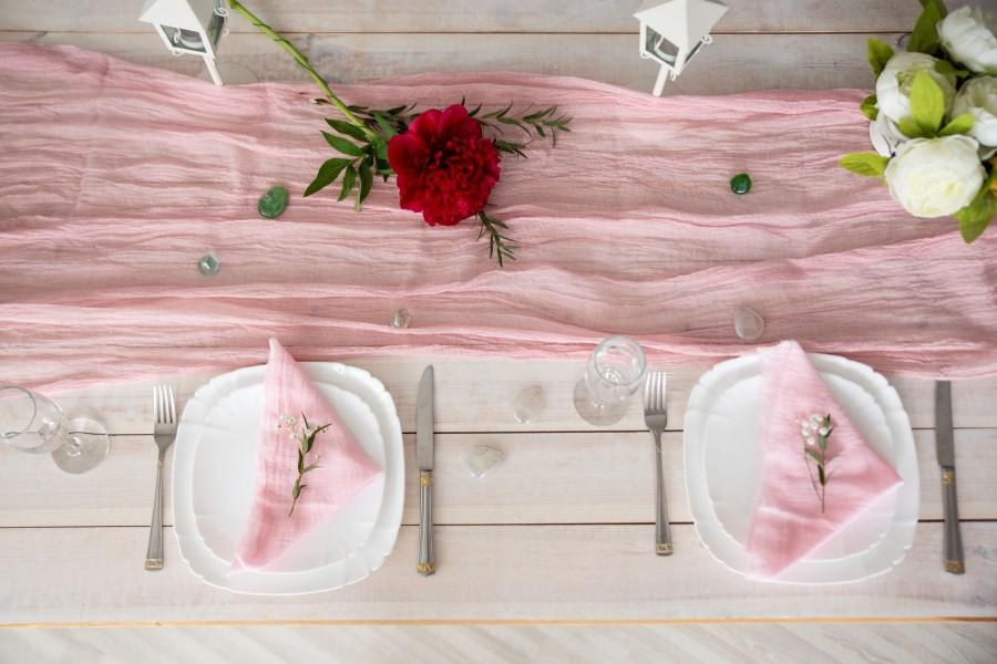 Mariage - Dusty Rose Gauze table runner Table runner for Wedding Wedding Decor Cheesecloth table runner Colored Gauze Runner
