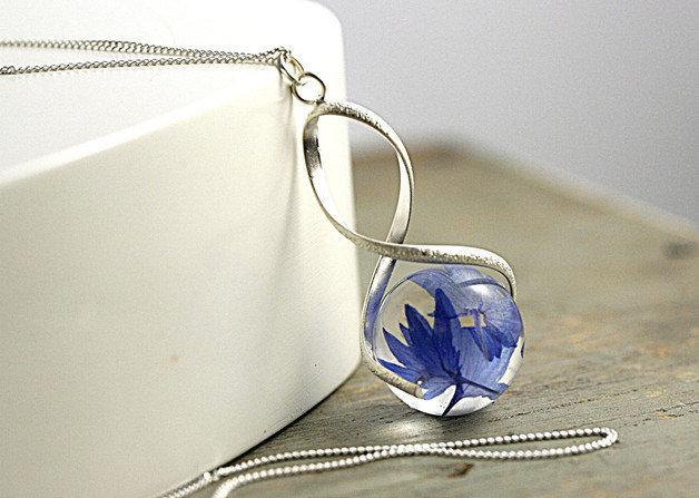 Mariage - Sterling real cornflower twisted necklace. Eco-friendly resin and sterling silver necklace. Natural jewelry for her.