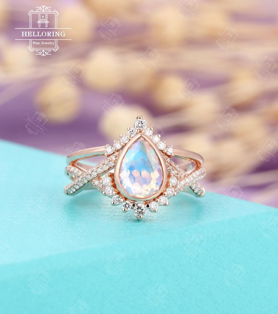 Mariage - Vintage Moonstone engagement ring set,Rose gold,moissanite wedding band Chevron Pear shaped Twisted Bridal Jewelry Anniversary gift for her