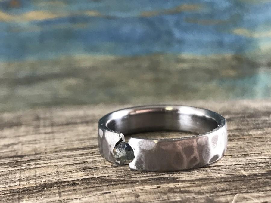 Свадьба - Raw Sapphire Ring - Titanium Wedding Band for Men - Men's Engagement Ring