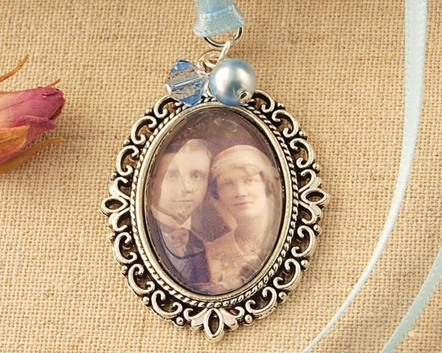 Свадьба - Something Blue Wedding Photo Charm To Hang From Your Bouquet. Remember A Loved One At Your Wedding. Something Old, New, Borrowed and Blue