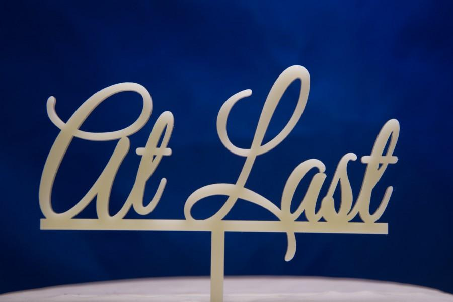 Mariage - At Last in script Wedding Cake Topper - At Last wedding cake topper - At Last cake topper - funny wedding cake topper