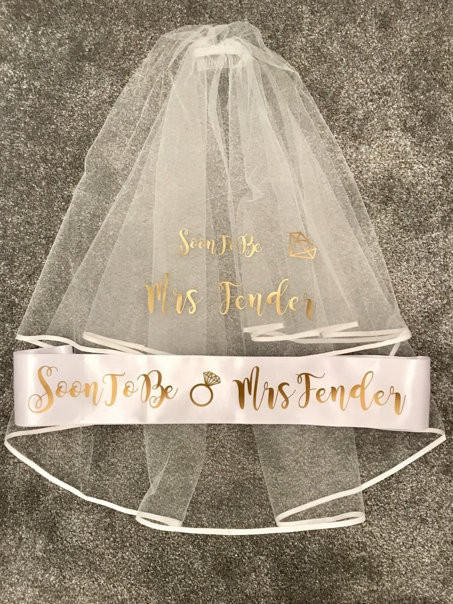 Wedding - Personalised Hen Party Veil - Bride to Be
