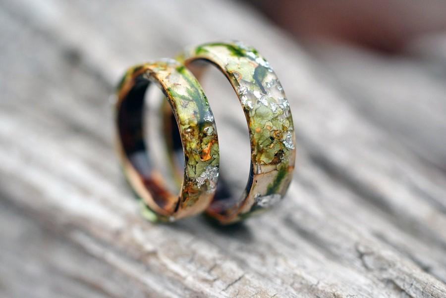 Wedding - REAL Moss resin ring. Birch bark ring. Wood resin ring. Nature resin ring. Green ring. Rustic ring. Eco Friendly. Forest Jewelry.