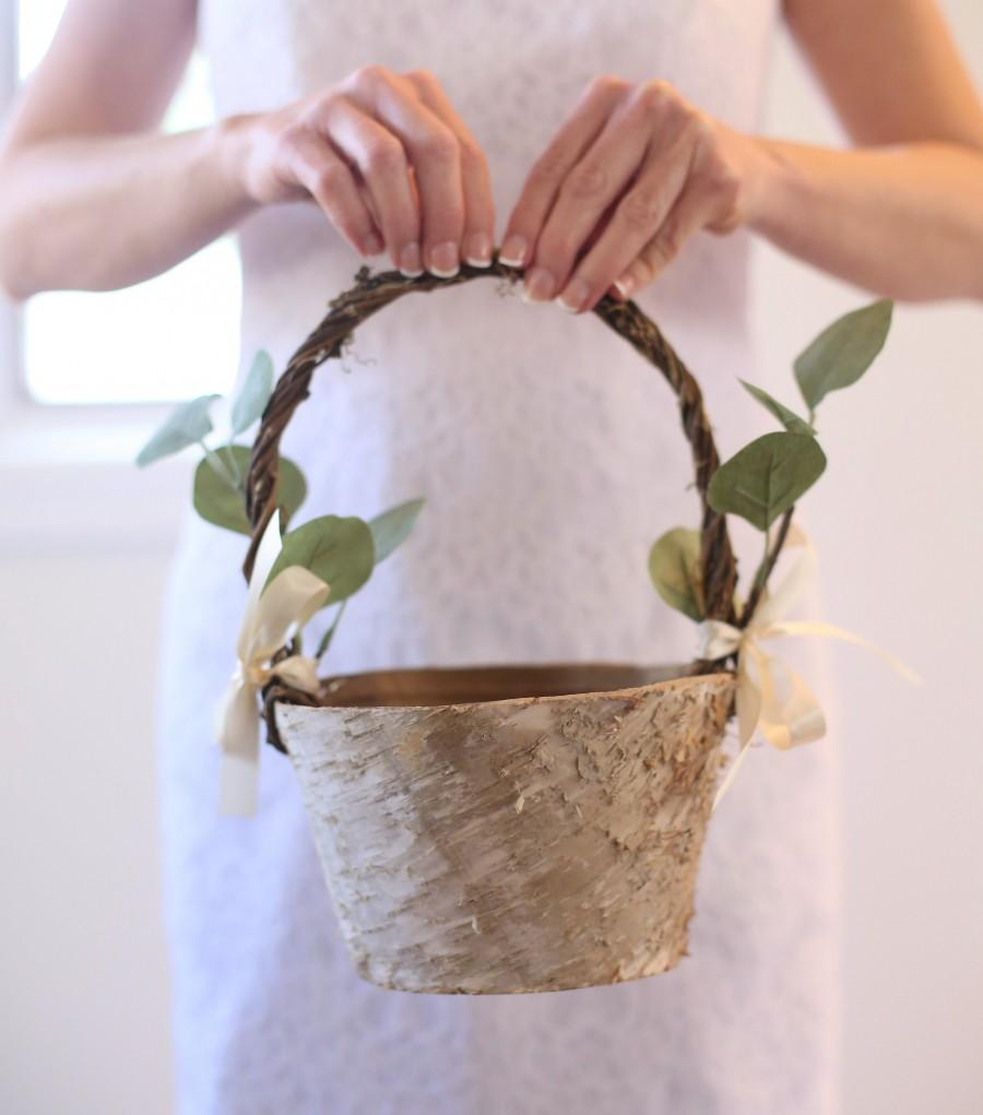 Mariage - Flower Girl Basket Rustic Flower Girl Basket Rustic Wedding Decor Rustic Wedding Eucalyptus Wedding Birch Flower Girl Basket LARGE