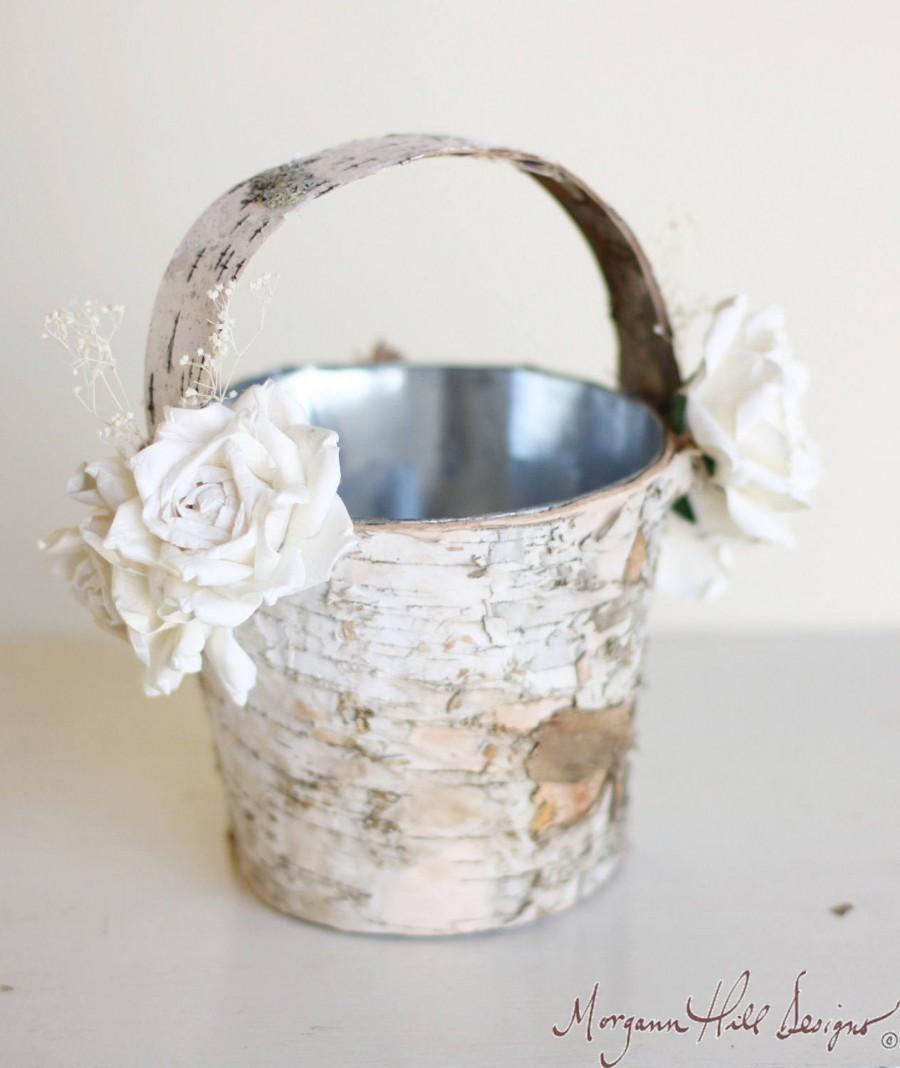 Mariage - Flower Girl Basket Birch Wood Rustic Outdoor Elegant Wedding  (140095)
