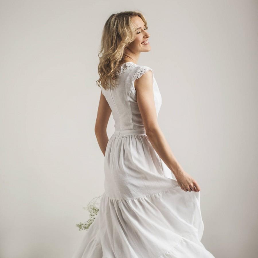 Mariage - Modest Wedding Dress, Simple Wedding Dress, Linen Wedding Dress, Casual Wedding Dress, White Bridal Dress, Beach Wedding Dress, Hippie