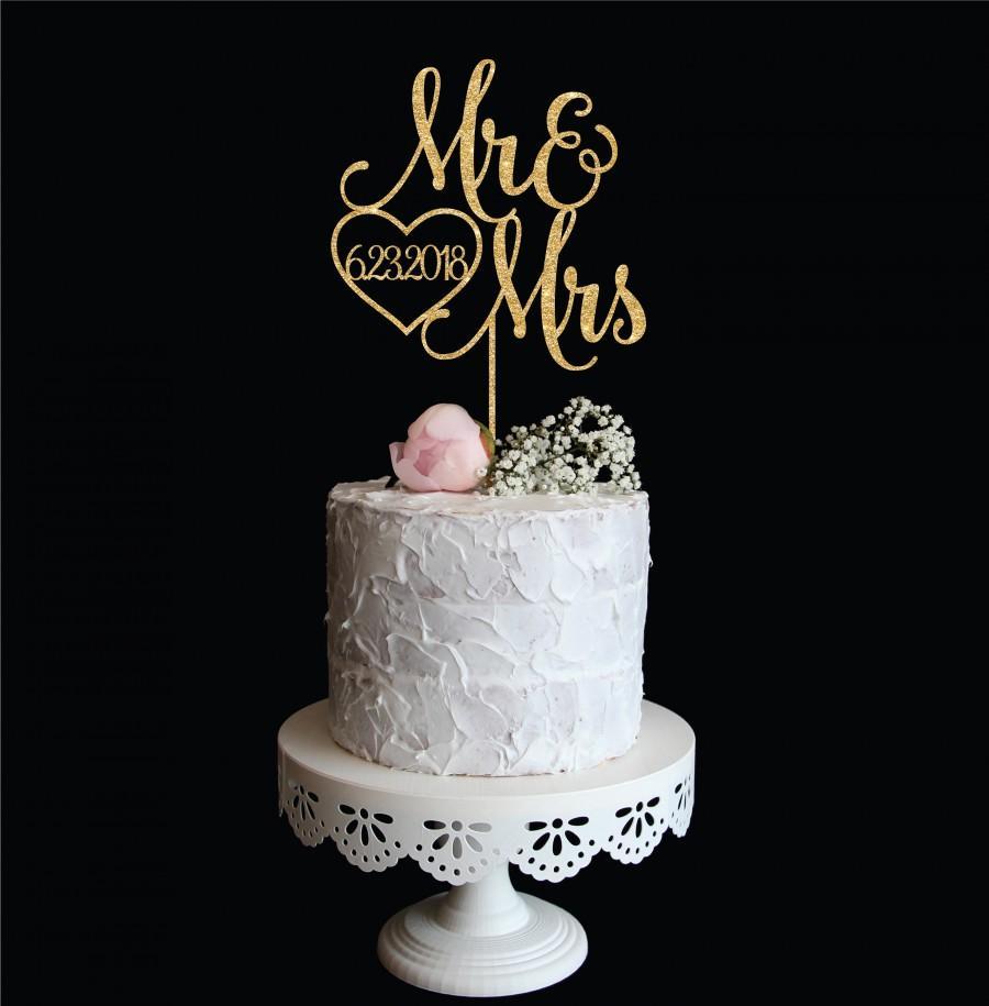 Свадьба - Mr & Mrs Wedding Cake Topper with Date