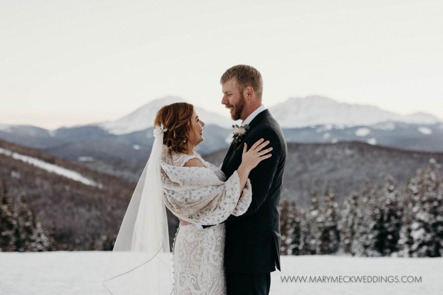 Mariage - Faux Fur Bridal Wrap,Bridal Stole,Wedding Cover Up,Bridal Shawl,Winter Wedding,Bridal Cape,Cuddle Wrap